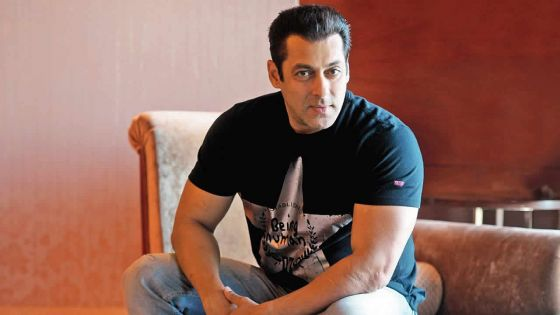 Agression contre un journaliste : Salman Khan interrogé par la police