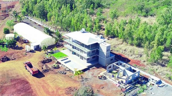Enquête de l'Icac : les biens des Gurbhoo estimés à Rs 20 millions