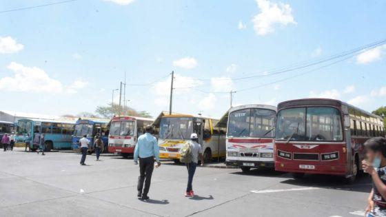 Opérateurs d'autobus : une chute de 25 % à 40 % dans les revenus notée