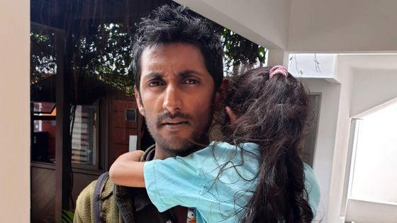 Sa maison a été détruite par le feu : l'appel de Mohammad n'est pas tombé dans l'oreille d'un sourd