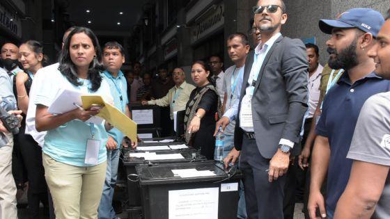 Veille des élections villageoises : aucune consigne de vote ni de rassemblement autorisé à partir de ce samedi soir