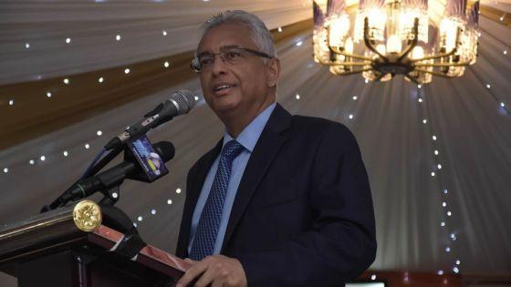 Fête de l'Arya Sabha de Rose-Belle - Pravind Jugnauth: «Certainsvivent encore dans le passé»
