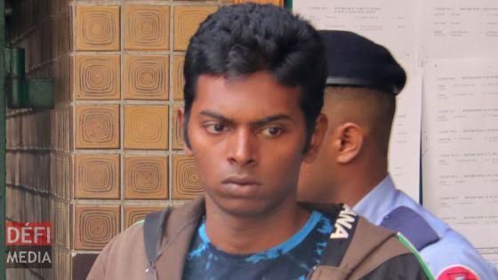 Accusé du meurtre de la jeune Yeshna Rughoobin et de sa grand-mère : Tavish Ausman plaide non coupable en cour d'assises