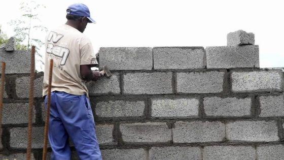 Solférino, Vacoas : le mur de la discorde