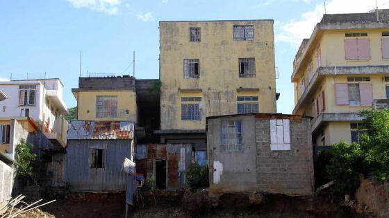 Fouilles rue Dheerujlall Seetulsing, Port-Louis : des habitations risquent de s'effondrer
