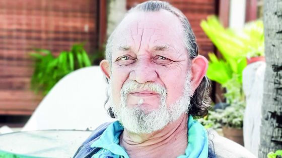 Dominique Harter, le doyen des directeurs funéraires, se souvient : les cinq incidents qui ont marqué les obsèques de Gaëtan Duval