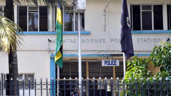 Vol à l'arraché à Quatre-Bornes : une femme délestée de ses 5 chaînes en or