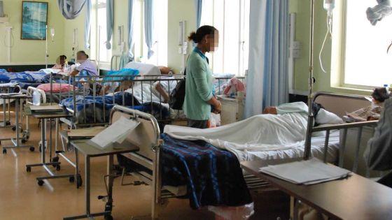 Les salles des hôpitaux remplies : ces abandonnés dans les hôpitaux pendant la période festive