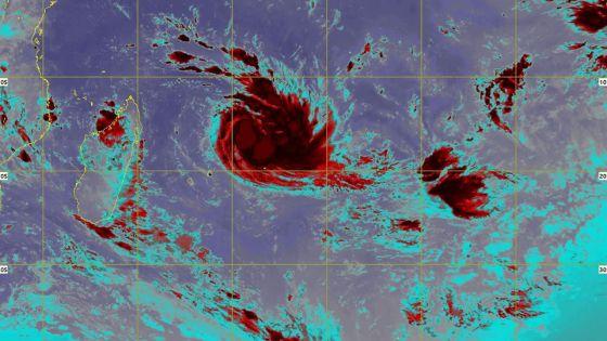 Week-end pluvieux à Maurice et alerte cyclonique à Rodrigues en vue