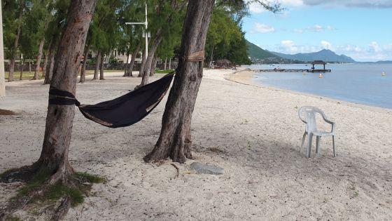Confinement - Flic-en-Flac : la plage déserte des journées d'été