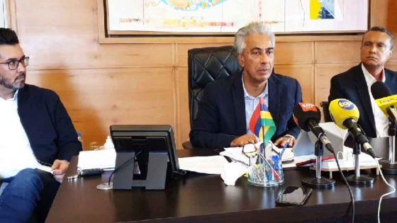 Suivez en direct la conférence de presse du leader de l'Opposition, Arvin Boolell