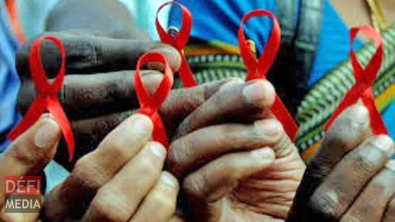 36e édition du Candelight pour rendre hommage aux victimes du virus du Sida