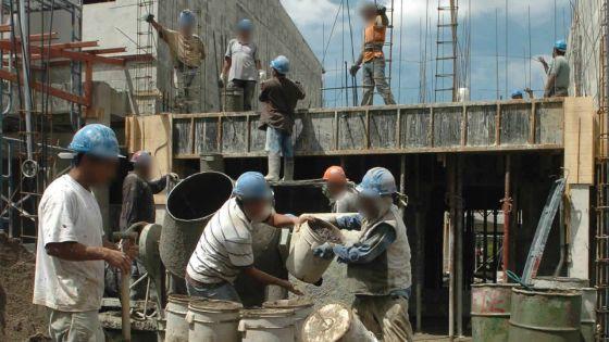 Construction : le béton et les carreaux céramiques coûtent plus cher