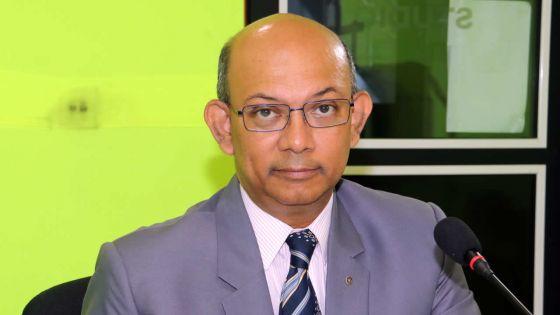 Publication de factures d'hôteldans la presse :Etienne Sinatambou soupçonne un haut fonctionnaire