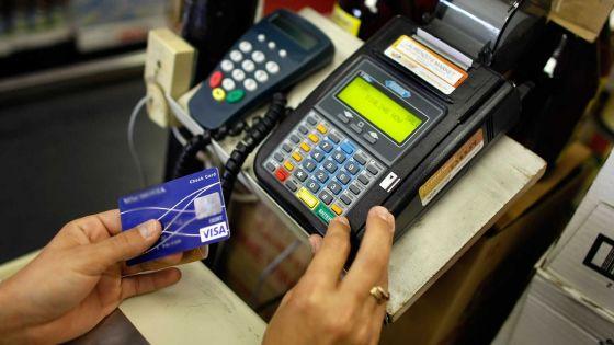 Cartes de crédit: baisse des frais en vue ?