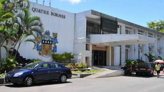 Projet de showroom : double charge facturée par la mairie de Q-Bornes pour un permis