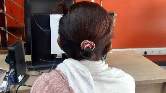 Pension d'invalidité supprimée : elle survit avec une aide socialede seulement Rs 1 800