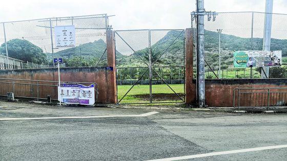 Inauguration avortée d'un terrain de foot : le village de Quatre-Sœurs indigné