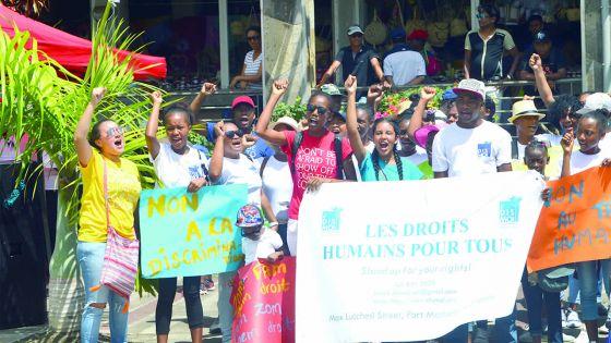 Les droits humains: priorité pour une République moderne