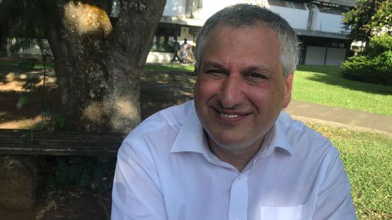 Le Professeur Imre Bennett Leader : un féru des mathématiques