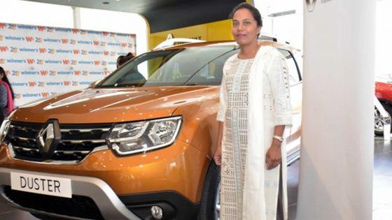 Dans le cadre de ses 25 ans : Winner's offre une Renault Duster à la grande gagnante du Bel Bel Loterie