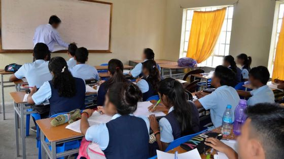 Formal Versus Informal Education :The importance of informaleducation for a livable society