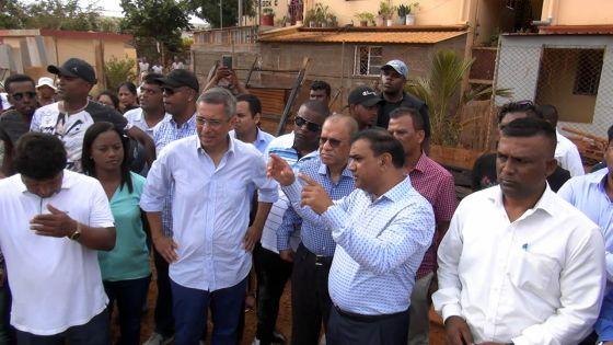 Incendie à Cité Longère :Duval rend visiteaux sinistrés