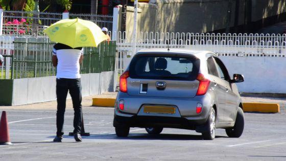 Permis de conduire : vers un système d'heures d'apprentissage obligatoire