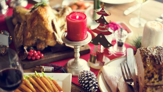 Noël :  entre dîner familial et late night shopping