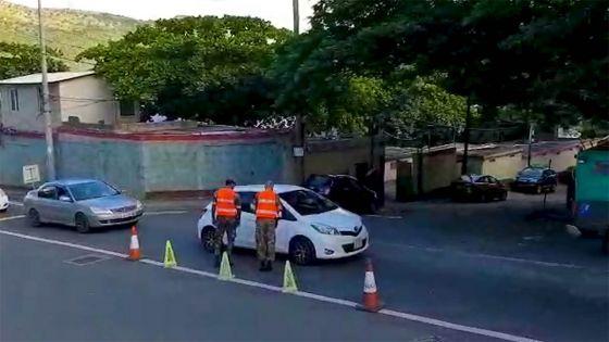 Vallée-Pitot en zone rouge : des « roadblocks » pour faire respecter les consignes sanitaires