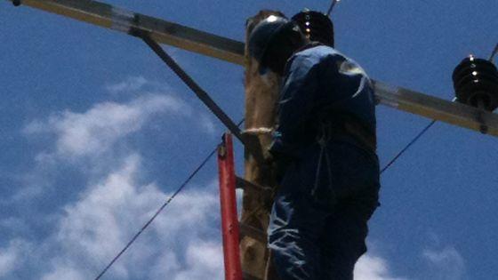Fourniture en électricité : son frère s'oppose à l'installation d'un pylône électrique
