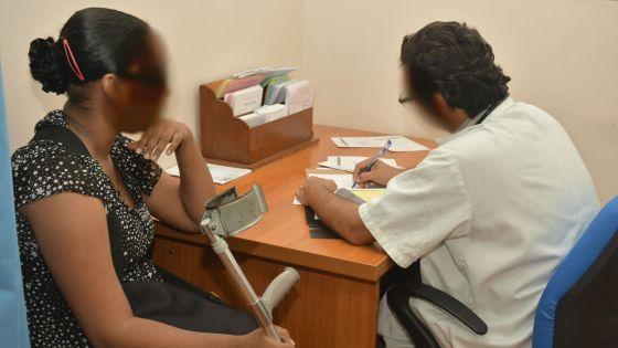Grève des médecins des hôpitaux : un combat à coups d'avis légaux se prépare