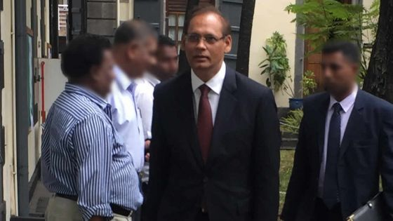 Contrôle de la fièvre aphteuse : Mahen Seeruttun devant le Fact-Finding Commitee