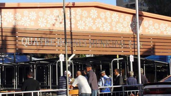 Quatre-Bornes : au marché, des tenanciers se plaignent de tables branlantes