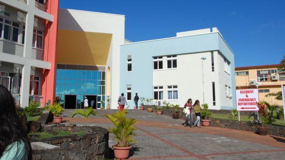 Hôpital Victoria : un patient porte plainte contre un spécialiste de la Burns Unit