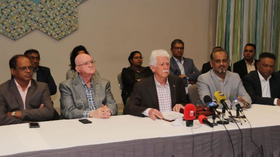 «L'heure est arrivée pour que l'opposition propose au pays un gouvernement alternatif», dit Bérenger