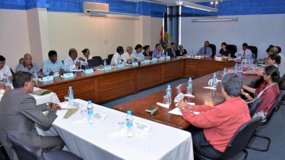 Compensation salariale : réunion tripartite -Inflation à 0,5% : les syndicats contestent, le patronat accepte