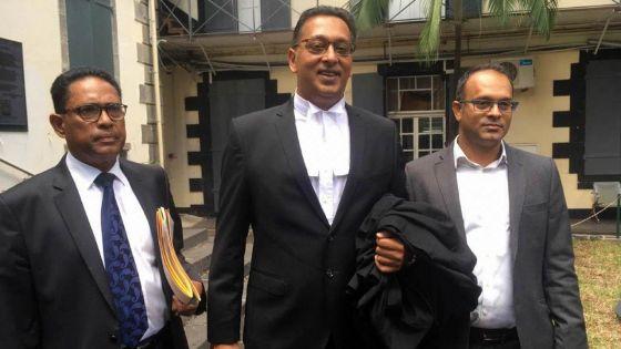 En Cour suprême :Ivan Collendavelloo contestela pétition du Reform Party