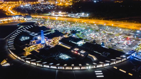 Paysage commercial : les shopping malls investissent des millions