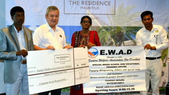 CSR : The Residence Mauritius remet Rs 875 000 à des ONG