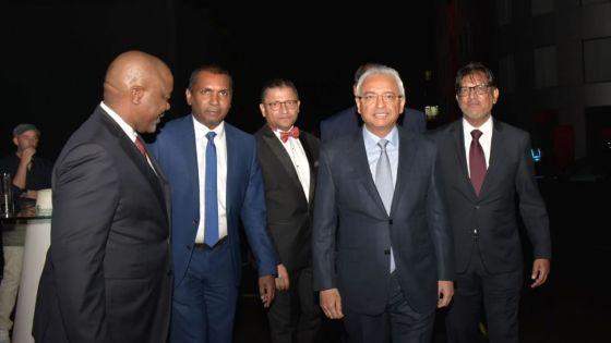 Pravind Jugnauth : « Maurice sera bientôt une économie à revenu élevé et il sera de notre responsabilité que la richesse soit distribuée…»