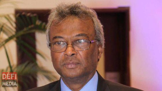 Cinq credits au SC : 70 % des élèves ne pourront accéder au HSC, l'ex-ministre Parsuramen donne son avis