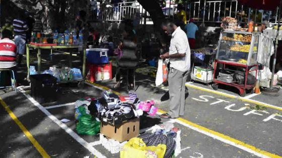 Le lord-maire Mahfooz Moussa Cadersaib :«L'obstruction des trottoirs de la capitale par les commerçants est inadmissible»