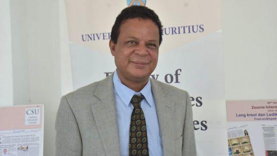 Zourne Internsional Lang Maternel 2021 - Arnaud Carporan, president de la Creole Speaking Union : «Mo pa pou konplis enn inzistis ki pe kree de kategori sitwayen»