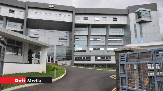 Icac : l'ancien chairman du National Computer Board, Newrajlall Burton, arrêté