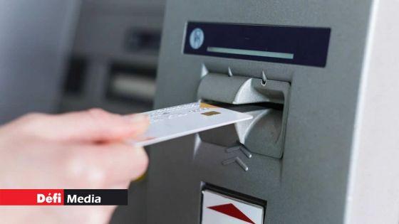 Confinement total : les banques fermées mais les ATM opérationnels ce week-end