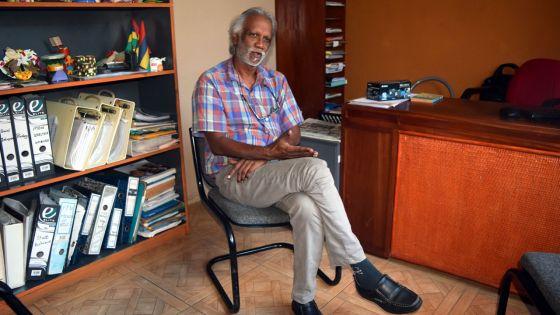 Alain Muneean de Terre de Paix : prendre des enfants par la main