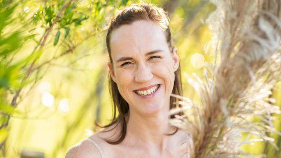 Anne Rajoo embellit les futures mariées