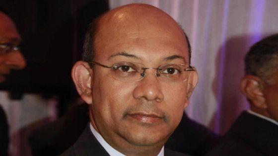 Séjour à l'hôtel Maritim : le ministre Sinatambou porte plainte au CCID contre un quotidien pour diffamation