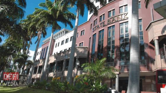 La haute finance : deux hauts-cadres cités pour remplacer Dussoye à la SBM Bank